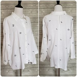 4 for $25 musical note button down top